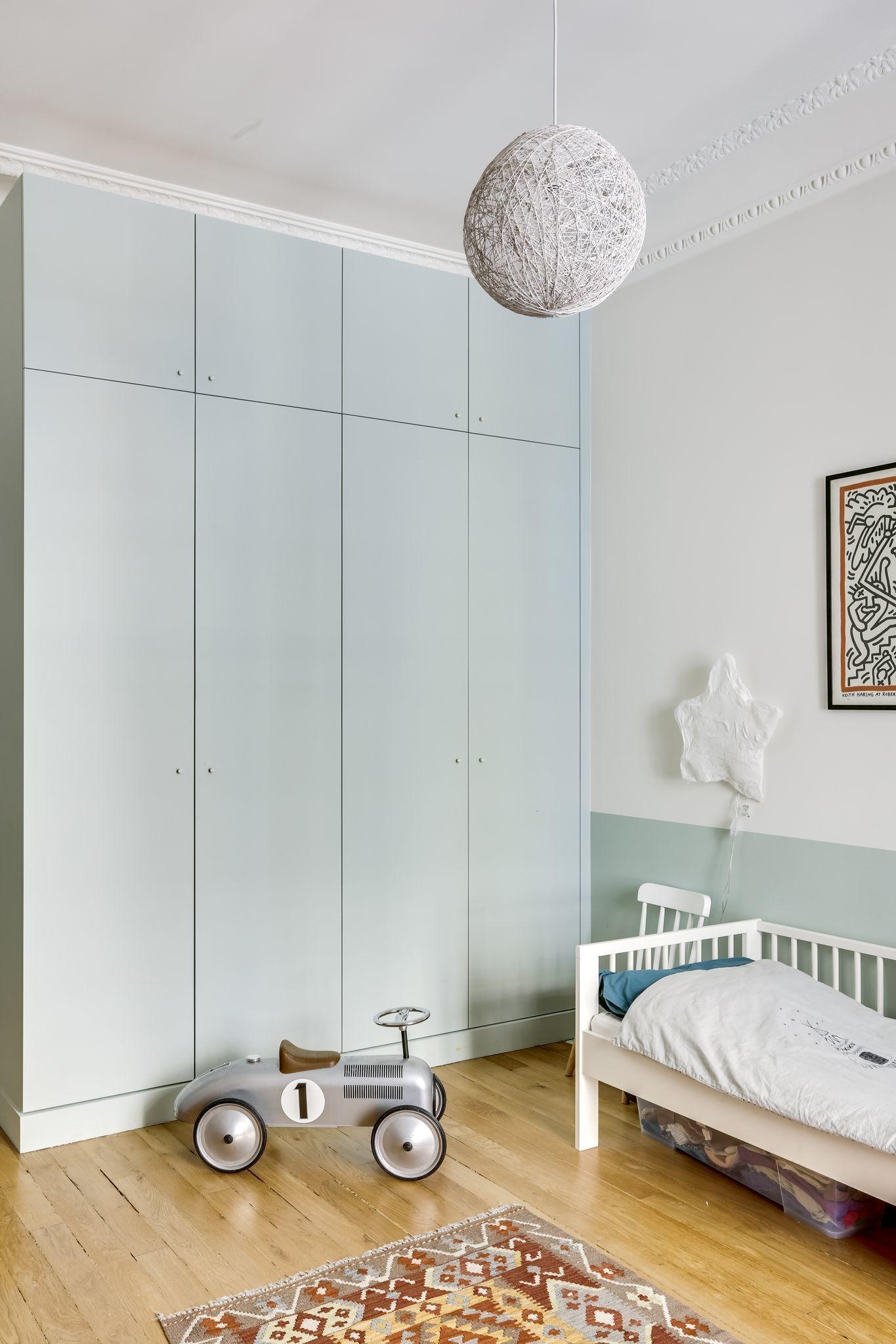 Appartement Paris 16 : un 120 m2 haussmannien devient cocon familial