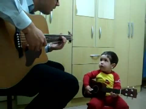 2-Year-Old Beatles Fan's Amazing Duet with Dad Won't Let You Down   Parenting - Yahoo Shine