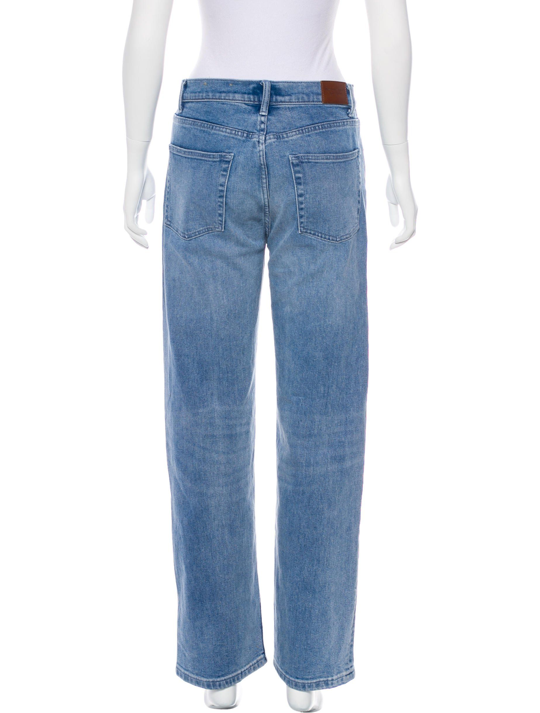 28aa98d5ef7 Medium wash blue Burberry London wide-leg jeans with five pockets ...