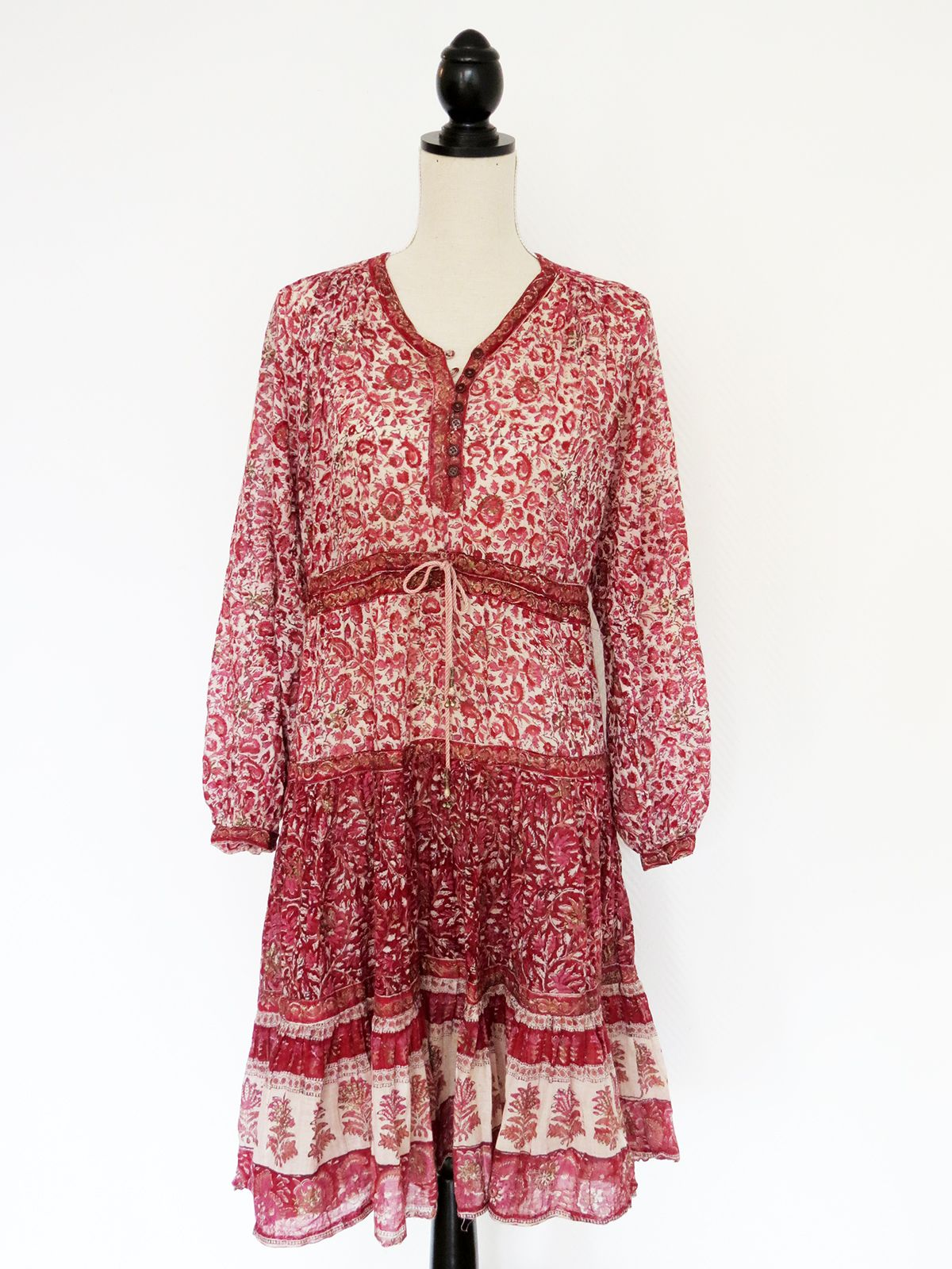 FLORAL INDIAN COTTON DRESS www.theasvintage.com
