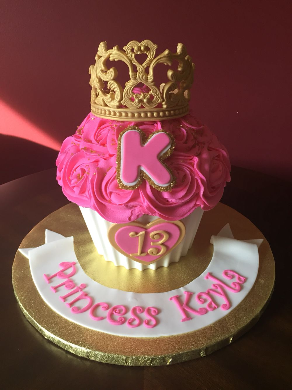 Cool Giant Cupcake Princess Birthday Cake With Images Princess Personalised Birthday Cards Sponlily Jamesorg