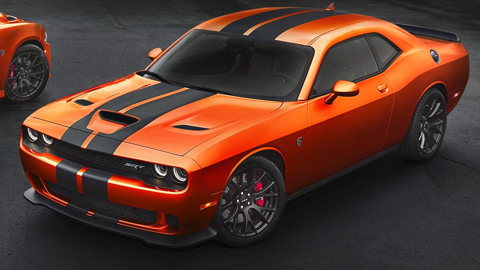 Dodge Brings Back Go Mango Paint Option For 2016 Challenger Charger Srt Carscoops Dodge Challenger Hellcat Hellcat Challenger Dodge Challenger