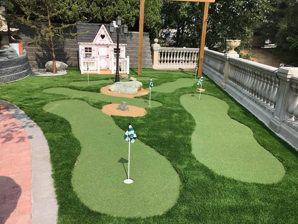 Some Considerations To Build Backyard Putting Green Consider The Space Choose The Company To Hire Check The Backyard Putting Green Green Backyard Backyard