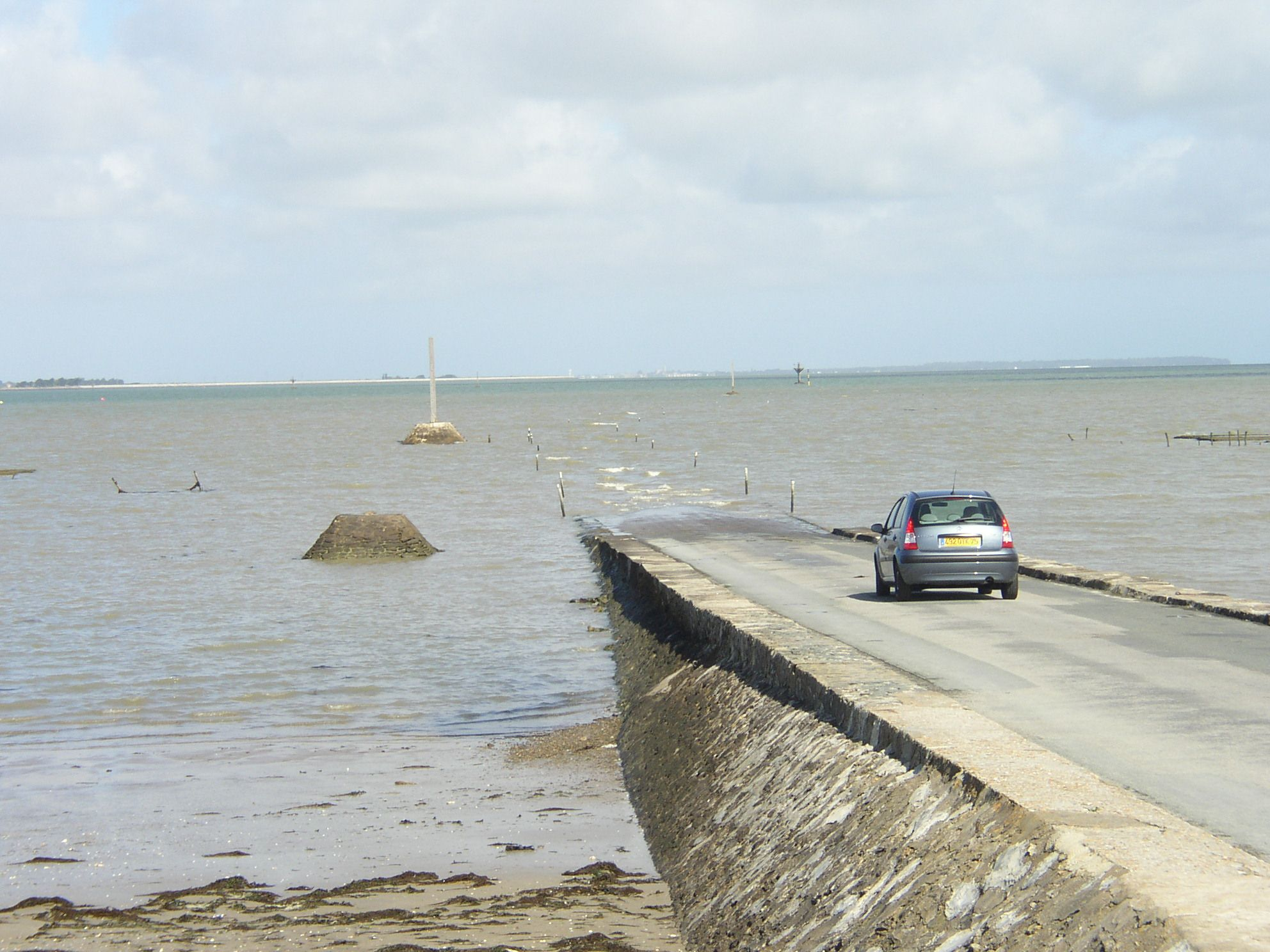 Passage du Gois-Waiting for the tide