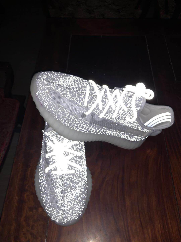 6eb2ee46 82.59 USD 2019 New Adidas Yeezy 350 Boost V2 Man Sneaker