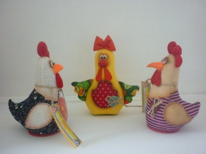Chickens - soft toys with their own hands, the patterns