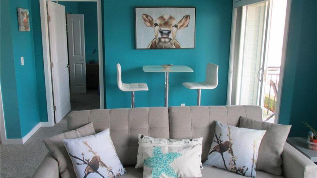 123 Teal Living Room Ideas Inspiration Photo Post Home Decor Bliss Teal Living Rooms Dark Teal Living Room Pink Living Room #turquoise #and #pink #living #room