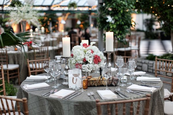 Taupe and Red Reception Decor Ideas | photography by http://www.artofloveweddings.com