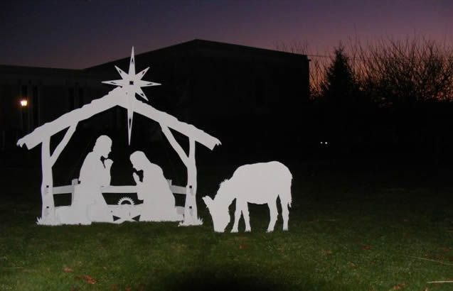 A beautiful Nativity Scene to show the true meaning of Christmas - outdoor angel christmas decorations
