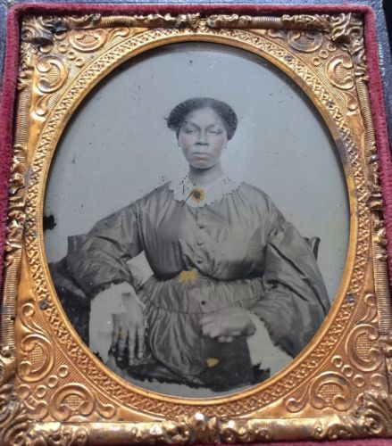 AFRICAN-AMERICAN-BLACK-SLAVE-SERVANT-GIRL-WOMAN-1-6-CASE-AMBROTYPE-PHOTO-A65