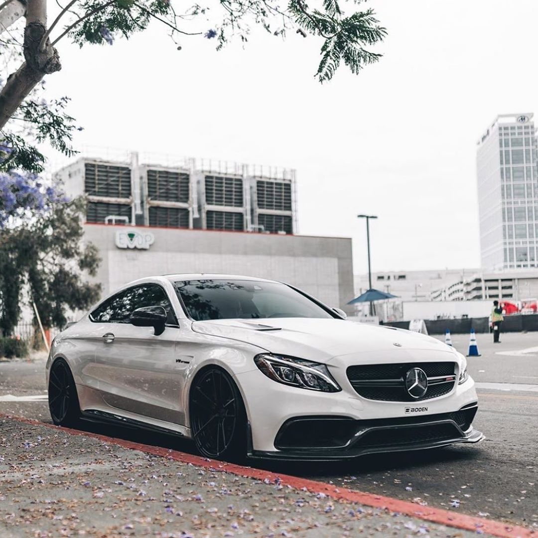Pin By Mohammed Faisal On Mercedes Benz Amg With Images: #mercedes #mercedesbenz #benz #amg #white #crash #luxury