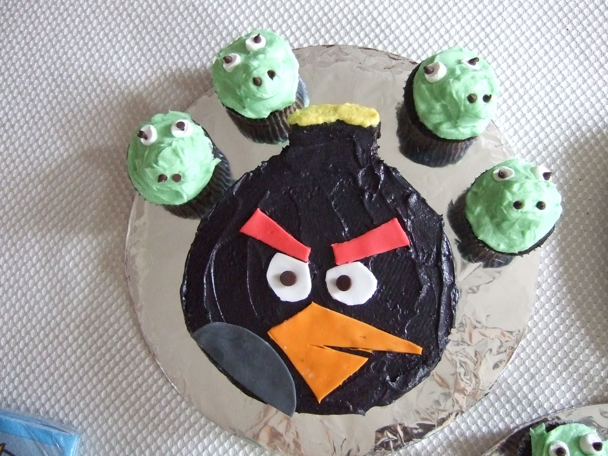 Angry Bird Cake, easier than I thought it would be.