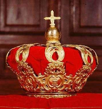 Corona tumural española (es decir, sólo representativa y no apta para coronar), usada en la coronación de Juan Carlos I,