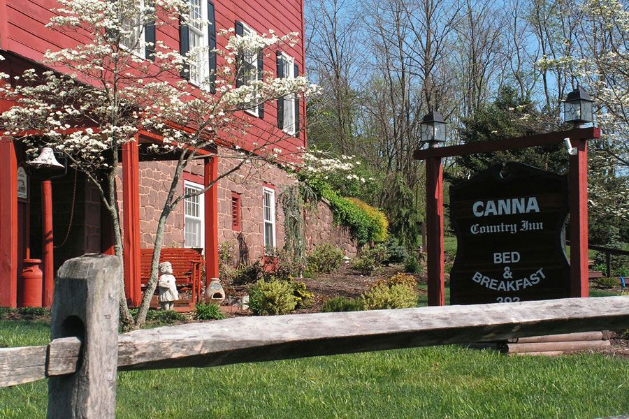 Canna Country Inn Bed And Breakfast, Business and