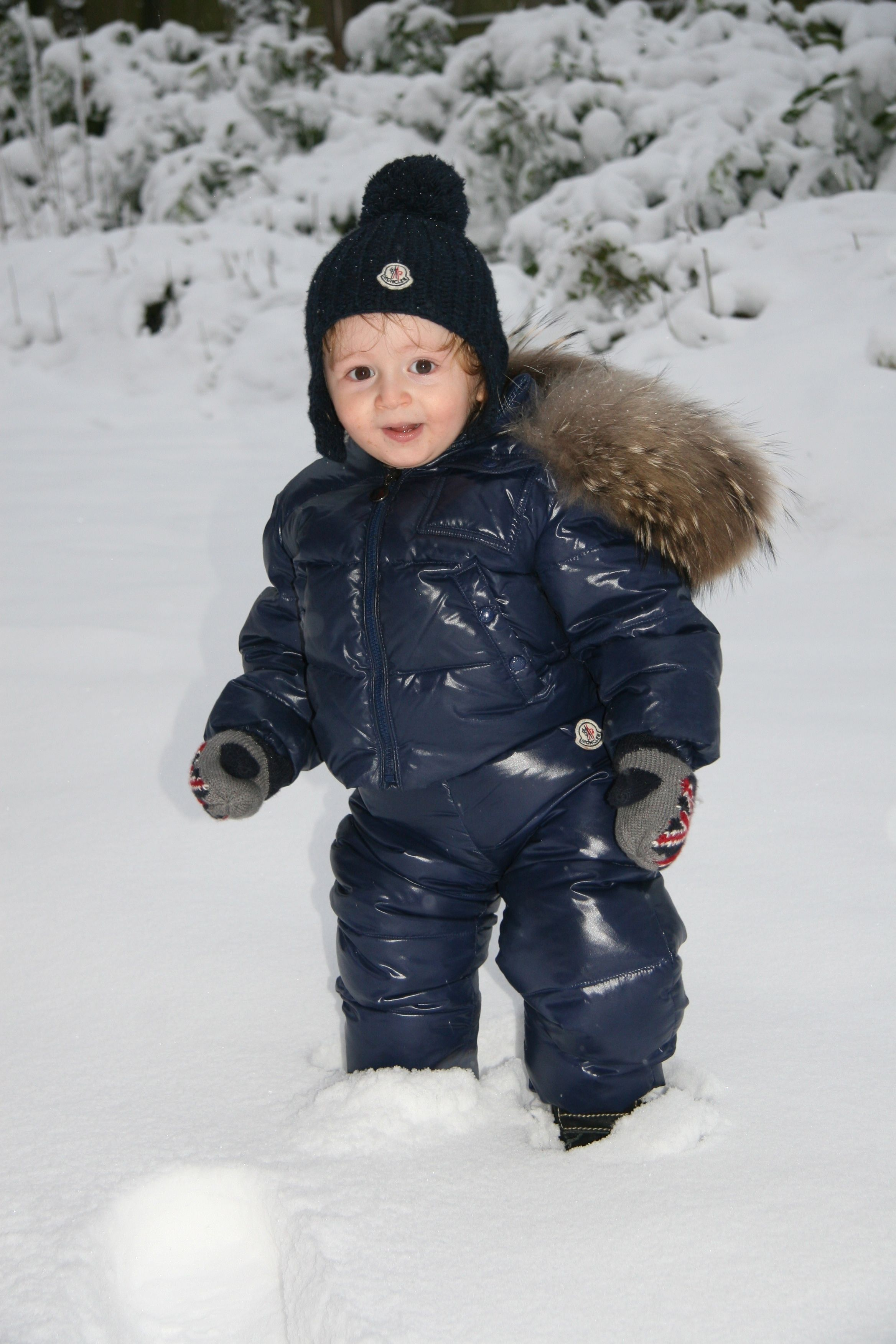baby moncler snowsuit, HM gloves. Snow suit, Winter