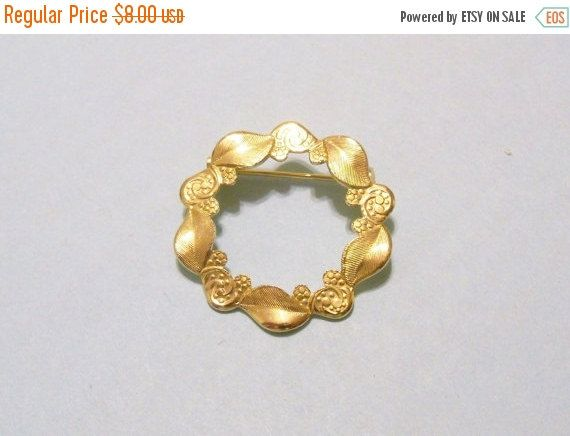Vintage Brooch Leaves Swirls Gold Tone Metal Gift Idea Bridal Sash Jewelry Jewellery
