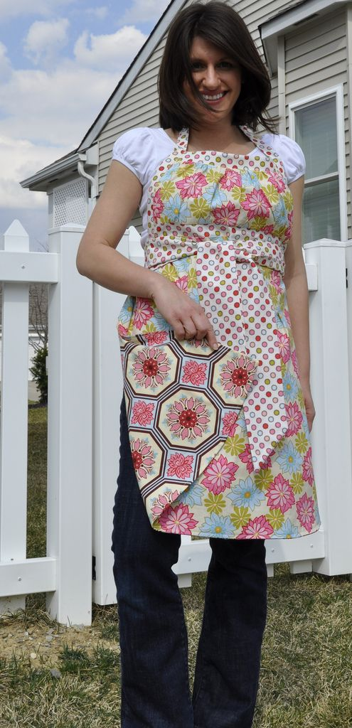 Another Emmeline apron from the attached mama blog. Love the fabrics ...