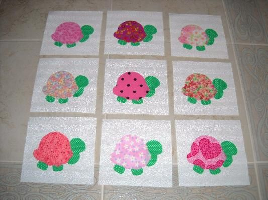 $13.95  Set of 9 Chic Pink & Green Turtle Quilt Blocks *Free Shipping