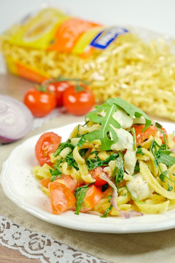 #SpätzleParade von Birkel: Rezept für Mediterrane Spätzle mit Rucola und Tomaten