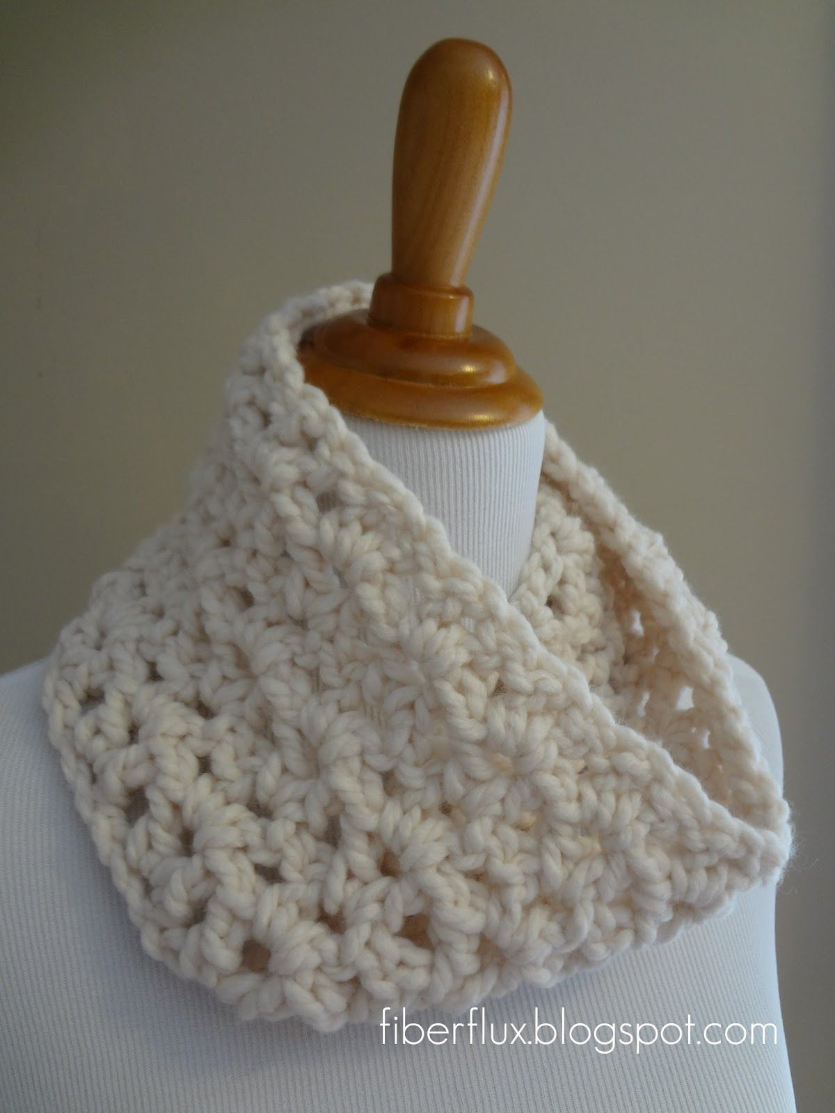 Crochet Pattern ( Free) ... Meringue Cowl | CAPITAS | Pinterest ...