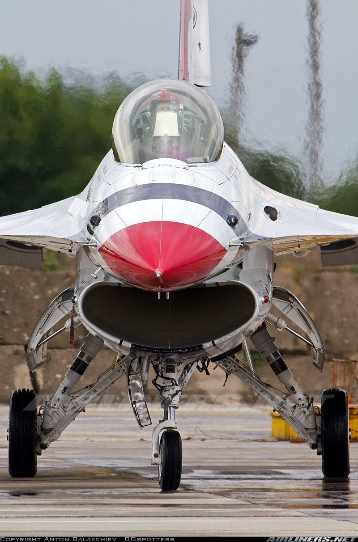 Thunderbirds Amazed the Crowd. Military aircraft