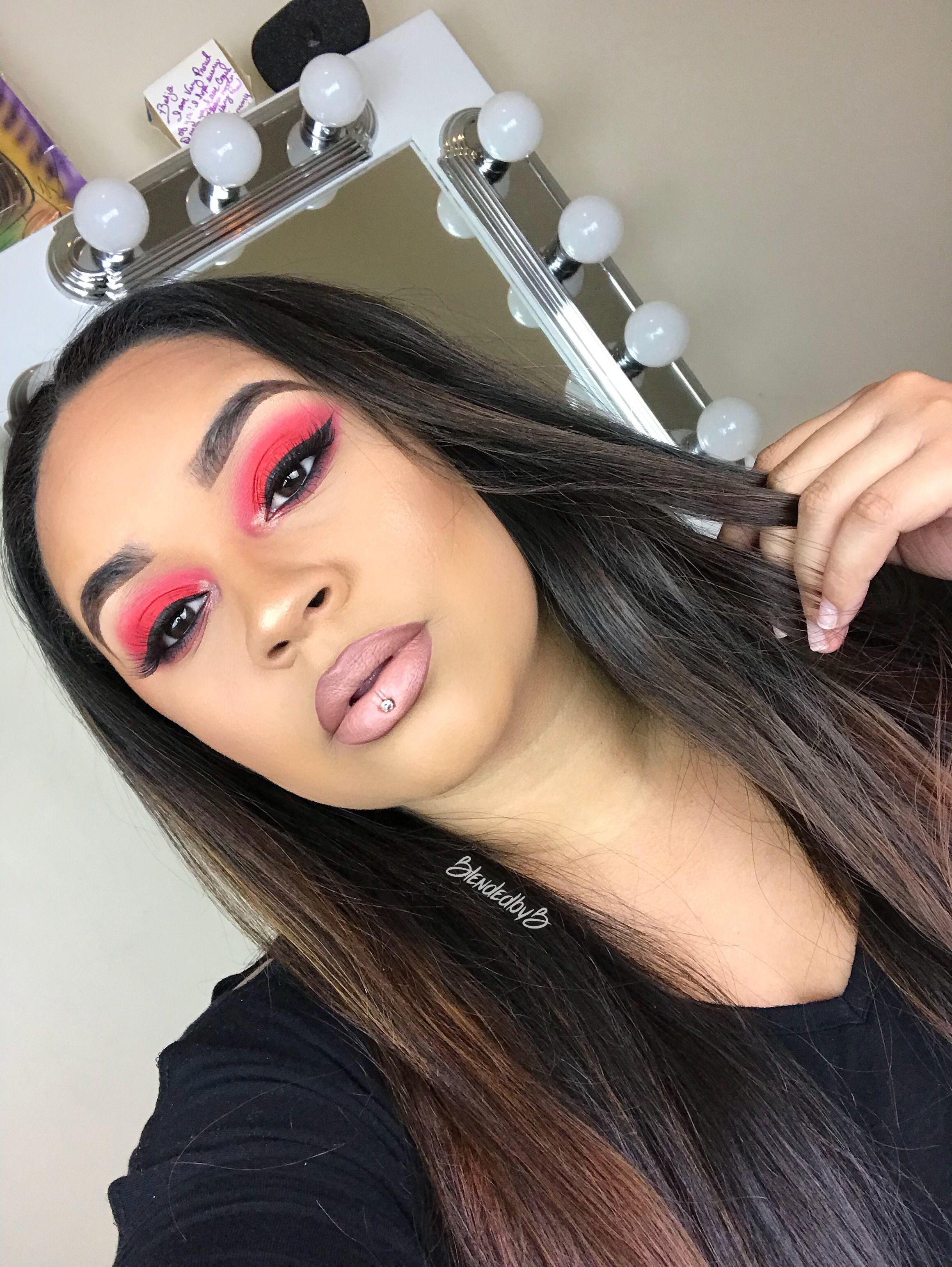 Red Eyes Morphe 3502 Makeup Morphe Beauty Makeup Pinterest