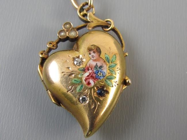 Antique Georgian 14k gold witches heart enamel cherub angel