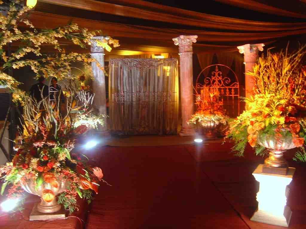 Roman theme wedding decoration with flowers and lights by wedding ... for Indian Wedding Light Decoration  143gtk