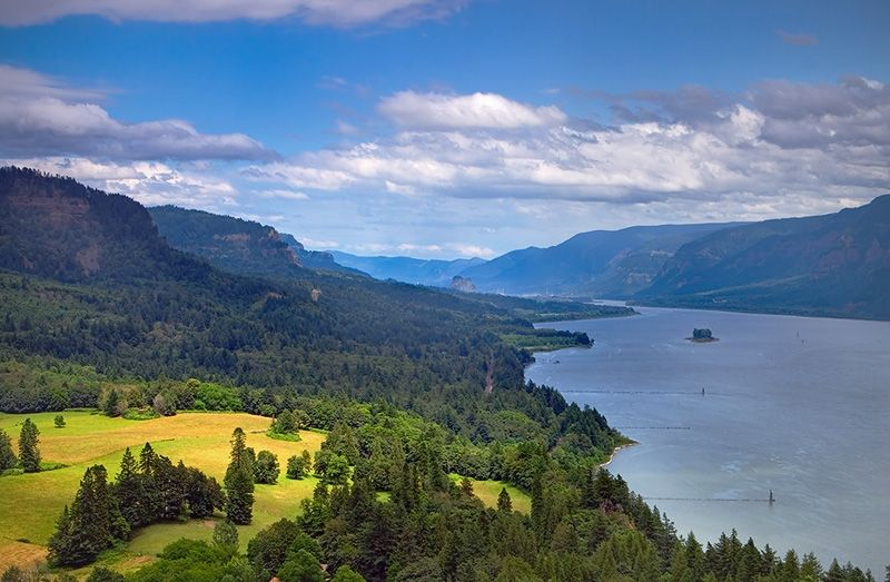columbia river gorge washington side one of the most