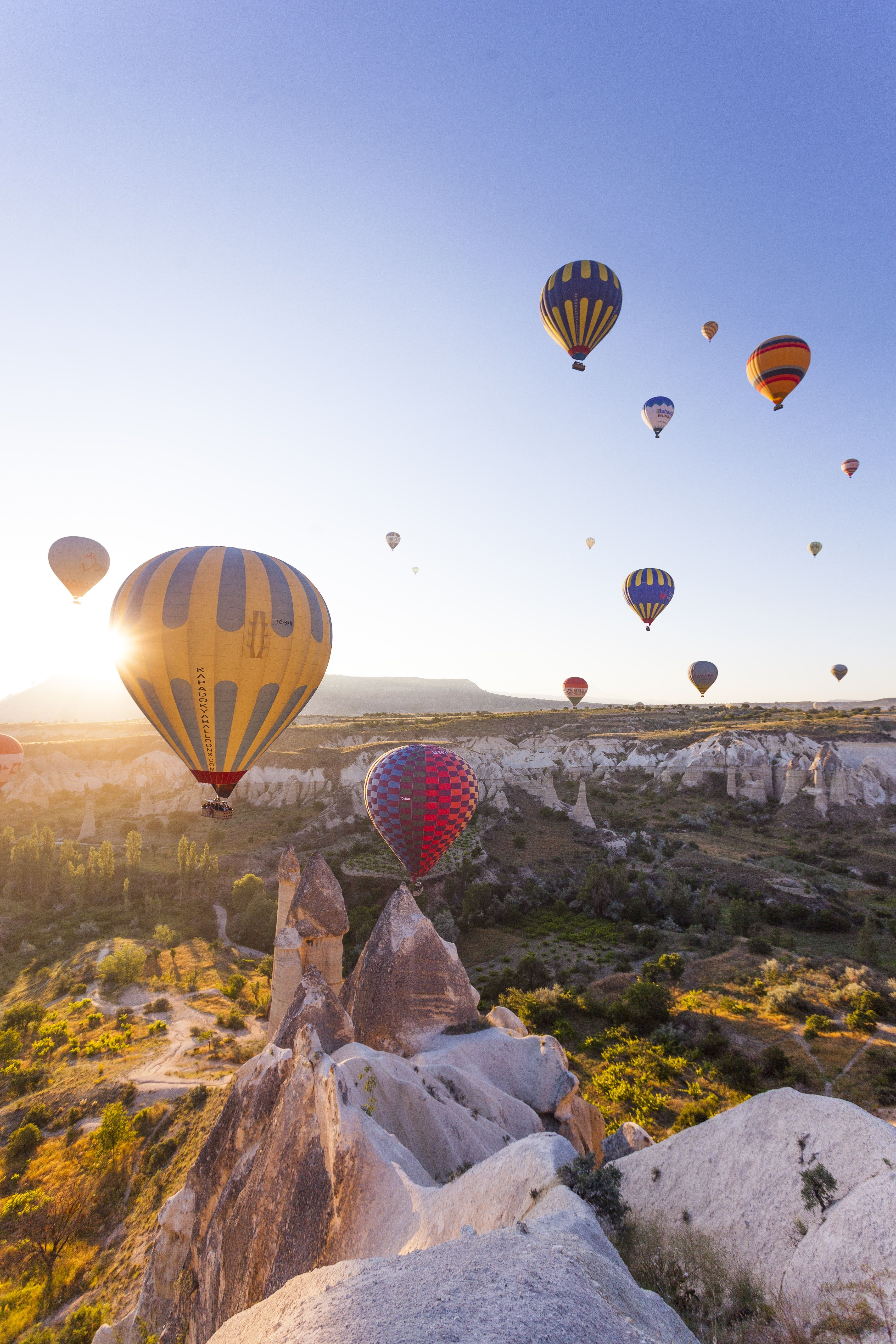 8 Incredible Destinations for a Hot Air Balloon Ride