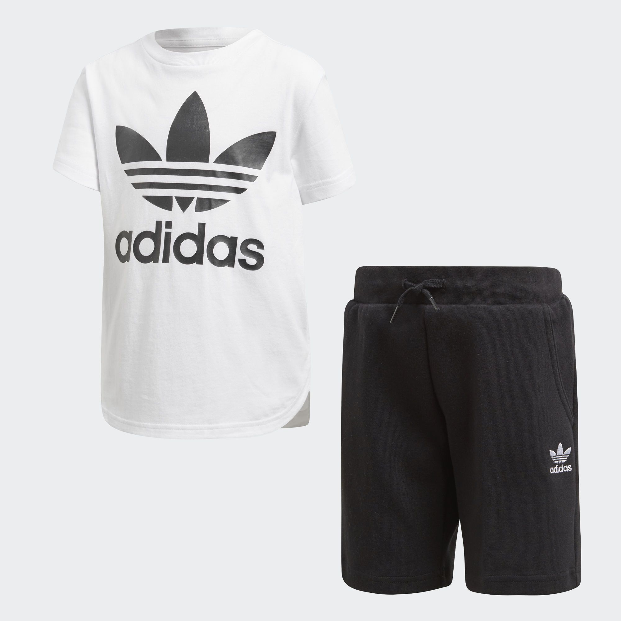 Capturing authentic adidas style in a boys' casual two piece