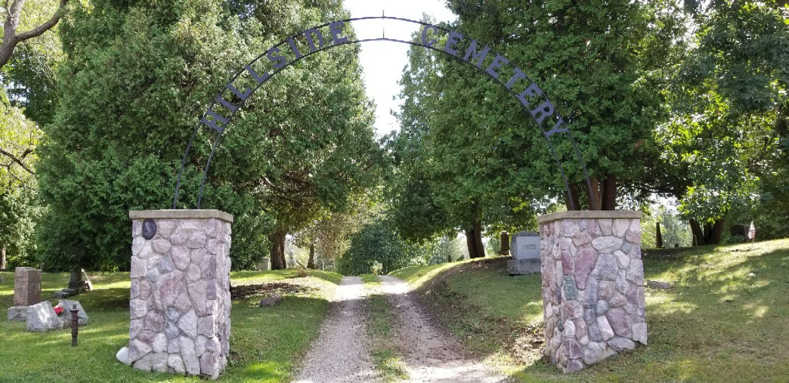 703772087697c231e859ec424436b626 - Memorial Gardens Cemetery Traverse City Mi
