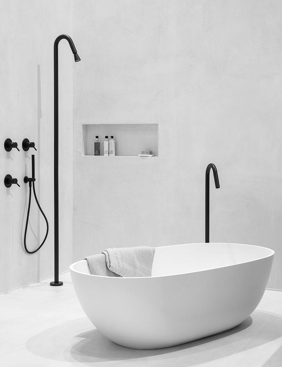 Trend: zwart in de badkamer. Zwarte kranen en douche uit de Slimline ...