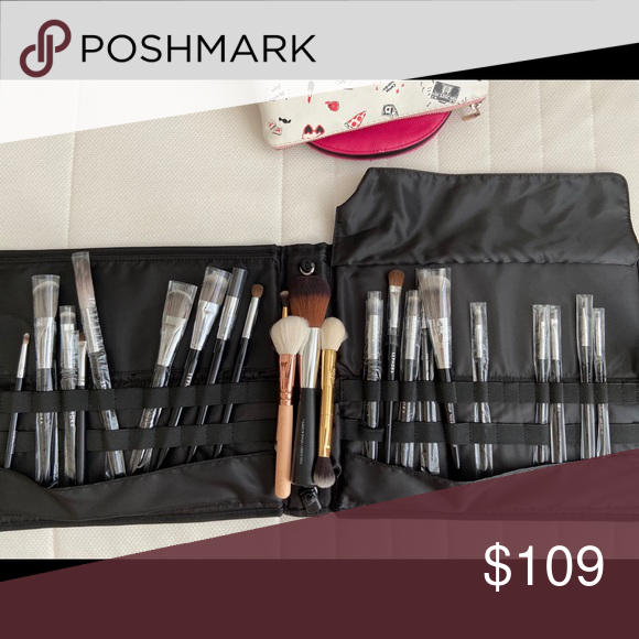 SEPHORA AND ZOEVA BRUSHES SET Most of them are new