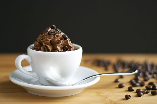 Seriously creamy, wonderfully delicious looking Espresso Chocolate Mousse. #chocolate #espresso #mousse #pudding #dessert #food