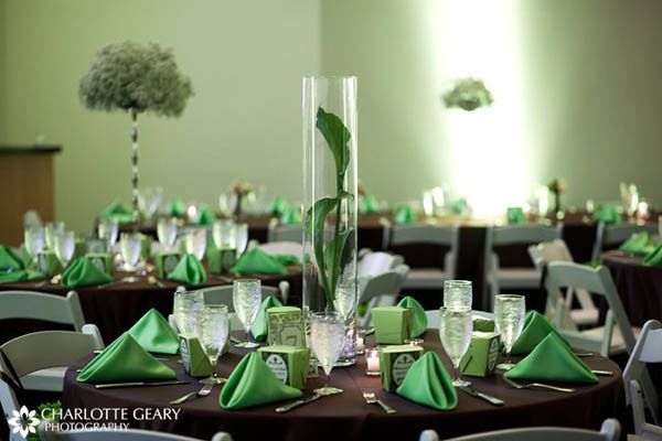 Table setting of green and brown theme