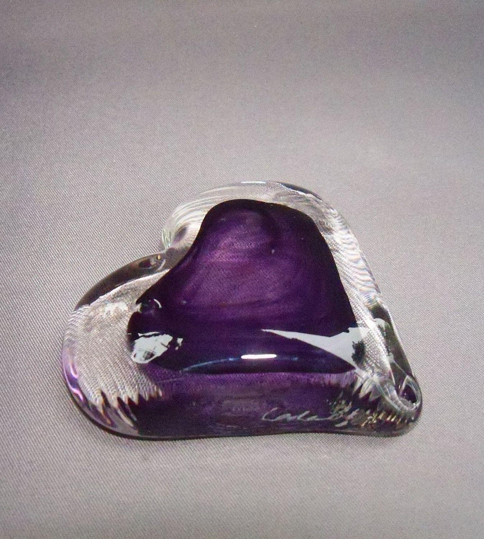 hand blown art glass paperweight. heart.