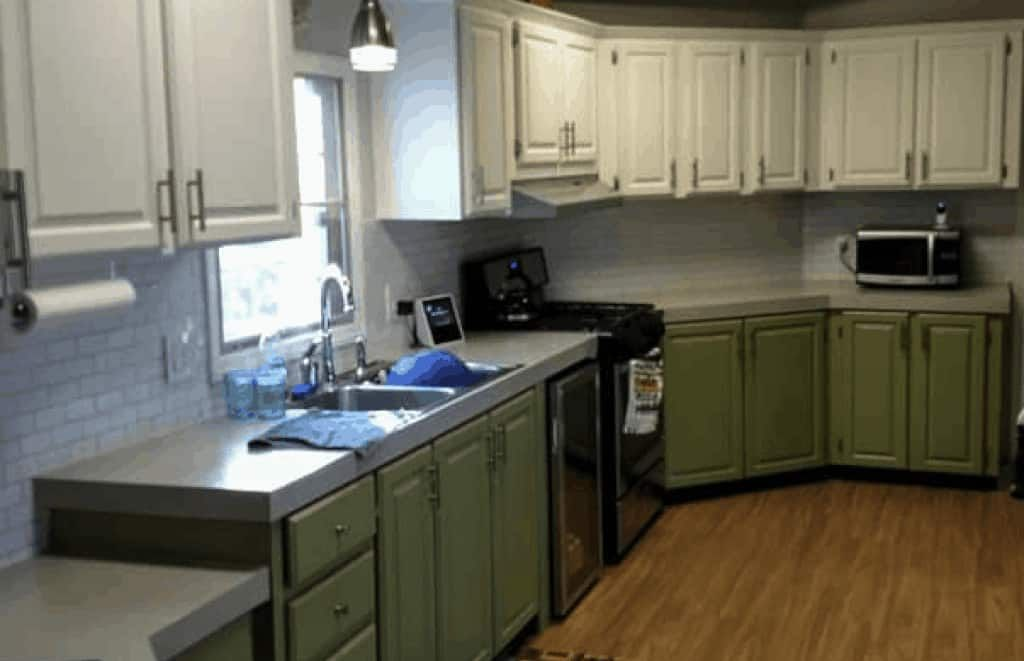 How To Repair And Paint Mobile Home Cabinets The Right Way Mobile Home Kitchen Cabinets Mobile Home Kitchens Kitchen Cabinets Before And After