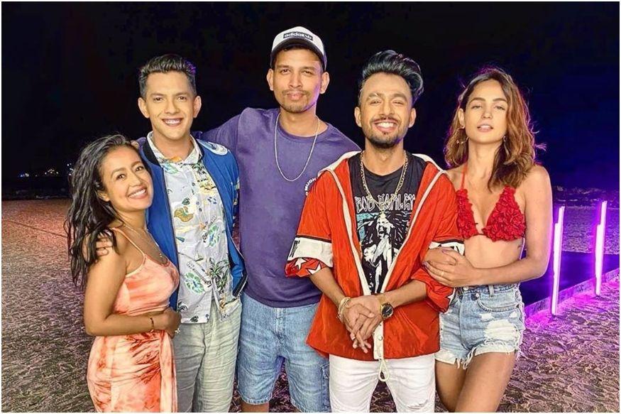 While Neha Kakkar, Aditya Narayan are 'Single', Tony