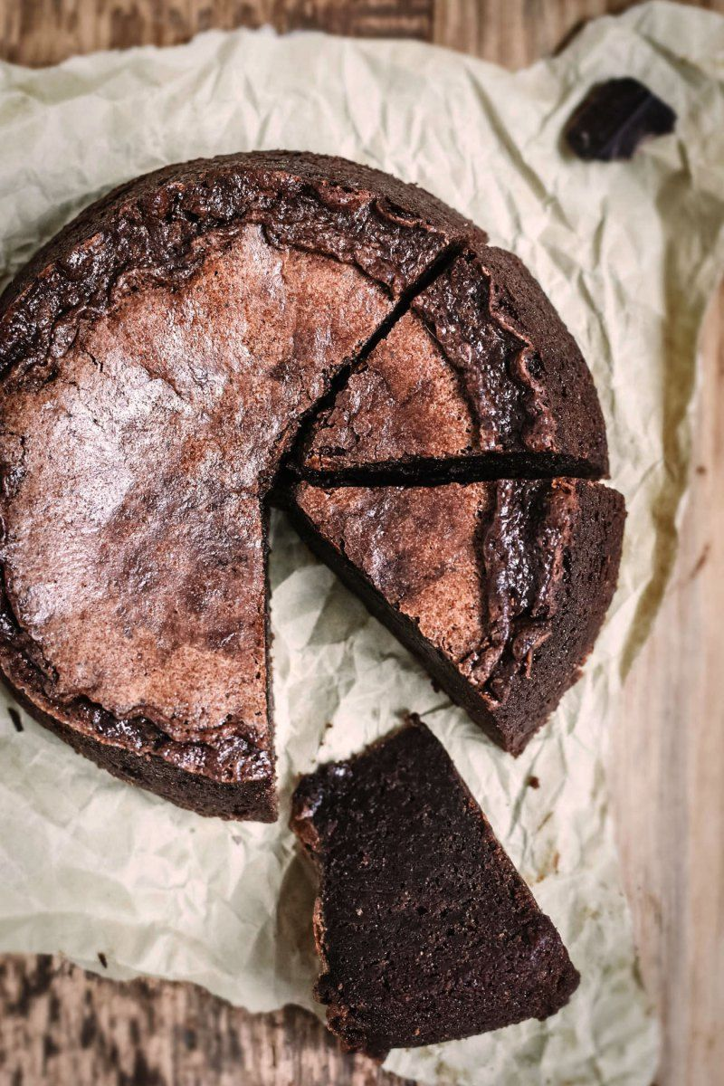 This Chocolate Fondant Cake Is A Delicious Recipe From La Baule And