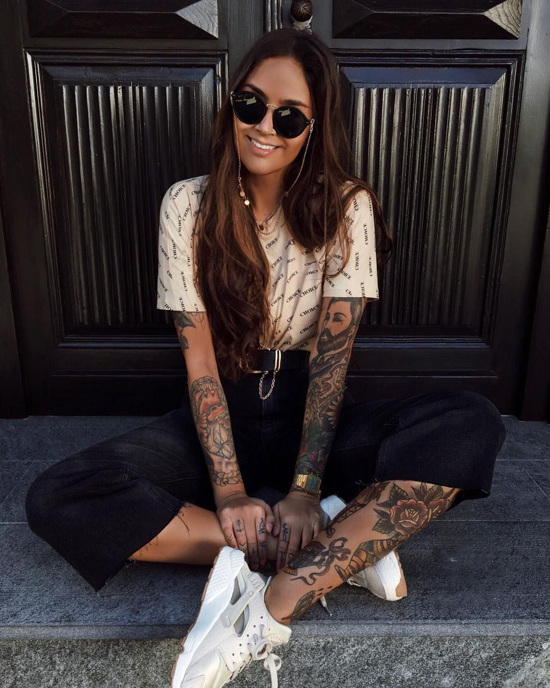 Michellechristyn Tattoos Tattoogirl Grunge Grungegirl Tumblr Boots Tattoo Hair Trainers Sunglasses Fashion Ootd Inspo Fa Grunge Mein Style Ootd