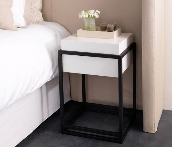 Night Stands Beds And Bedroom Furniture Menton Table Nilson
