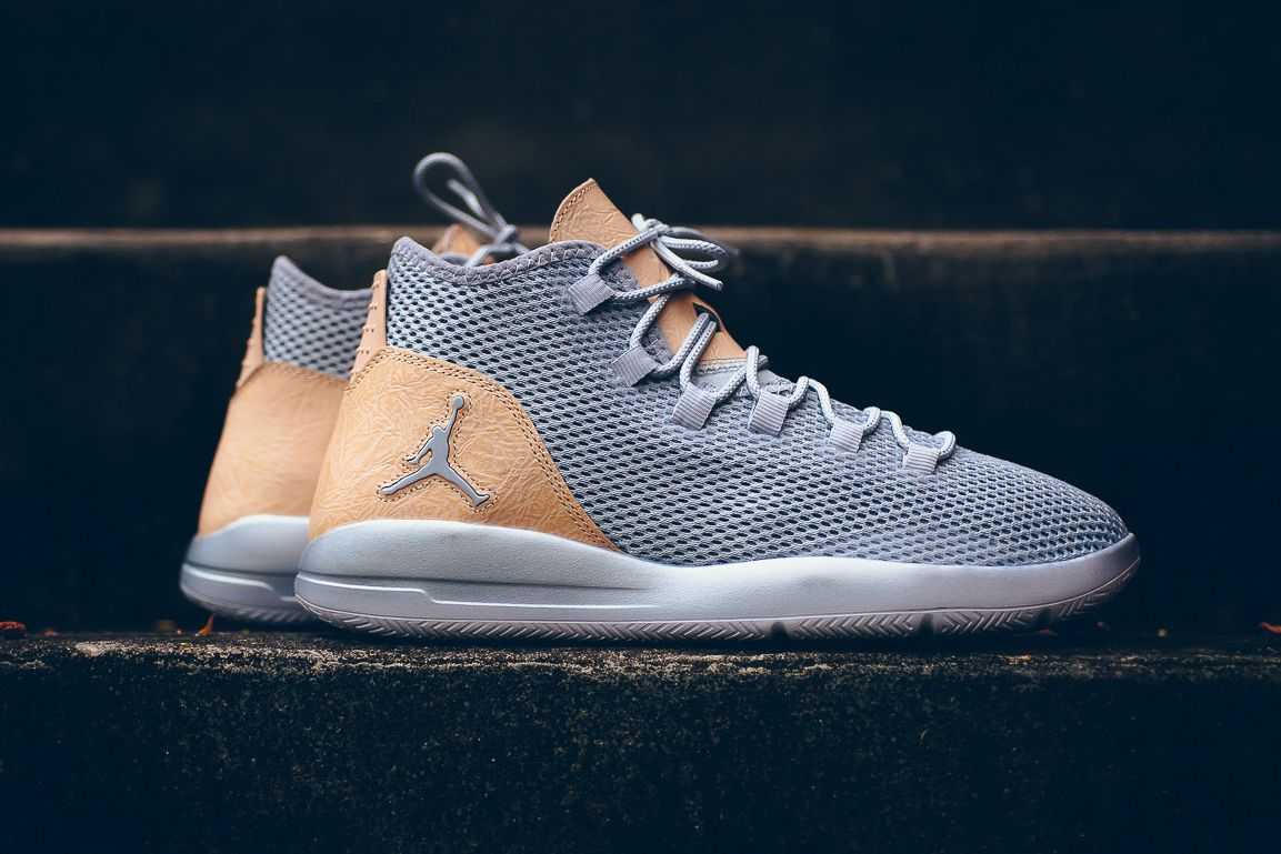 Varietà Macchina da scrivere Sputare  Jordan Reveal Premium Wolf Grey/Vachetta Tan | Mens nike shoes, Sneakers, Jordan  reveal