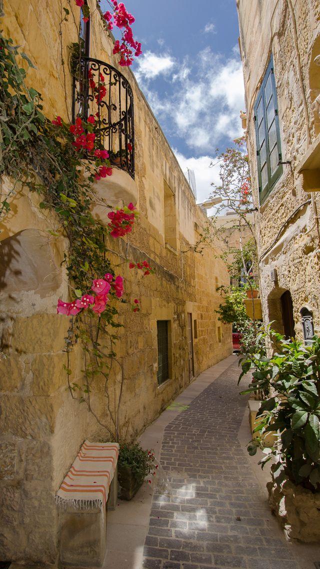 Alley Iphone Wallpapers Malta Travel Malta Island Malta Beaches Images, Photos, Reviews