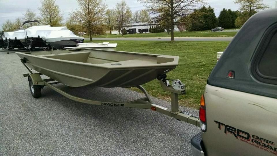 Pin By Shot2000 On Trailer Tracker Boats Trailers For