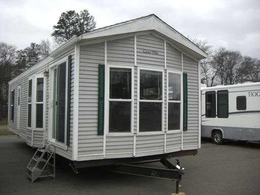 Check Out This 1998 Casa Villa 12x33 Listing In Mn 0 On Rvtrader Com It Is A Park Model And Is For Sale At 8995 Rvs For Sale Park Models Villa