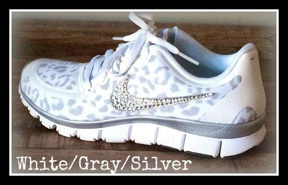 Women's Nike Free 5.0 v4 with Swarovski swoosh White/Wolf Gray/Metallic  Silver · SoulierChaussureProjetsLoup BlancNike Imprimé LéopardMotif GuépardMagasin  ...