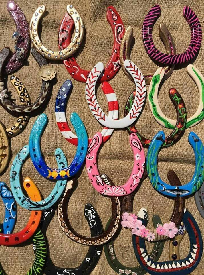 Painted Horse Shoes Horseshoe Crafts Camping Crafts Horse Crafts