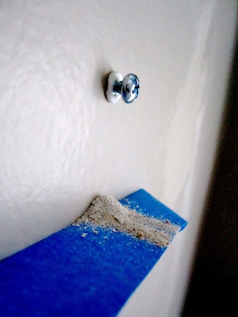 How To Hang Items On Plaster Walls By Decor Adventures Via Flickr