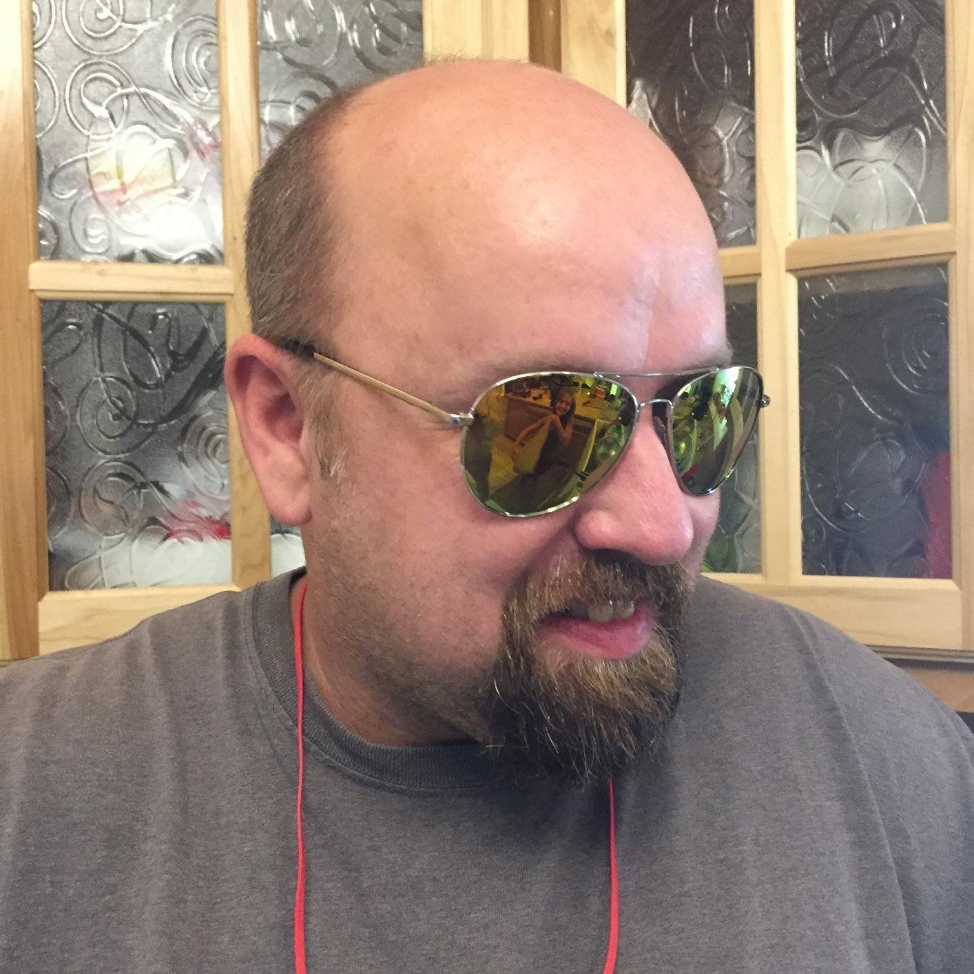 Amazon.com: Duduma Premium Full Mirrored Aviator Sunglasses w/ Flash Mirror Lens Uv400 (Black frame/smoke lens): Clothing